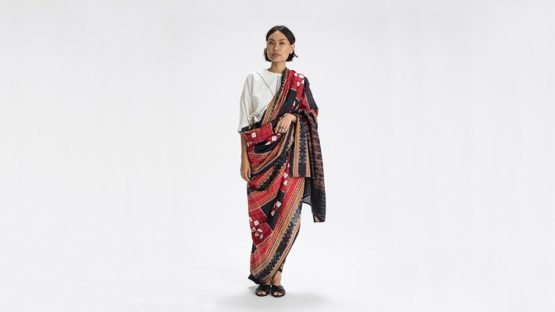 How to Drape A Sari - The Sari Series.