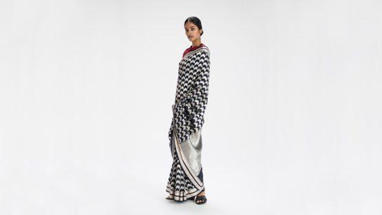 How to Drape A Sari - The Sari Series.
